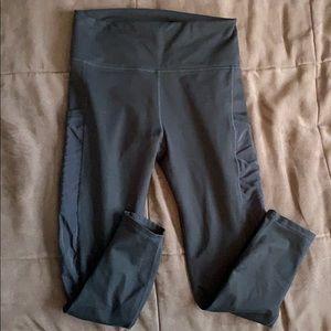 Mila Pocket 7/8 or long capri black medium